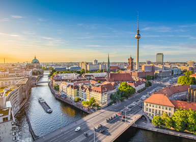 Nord-ovest e Centro Europa: Praga, Amsterdam e Berlino in aereo