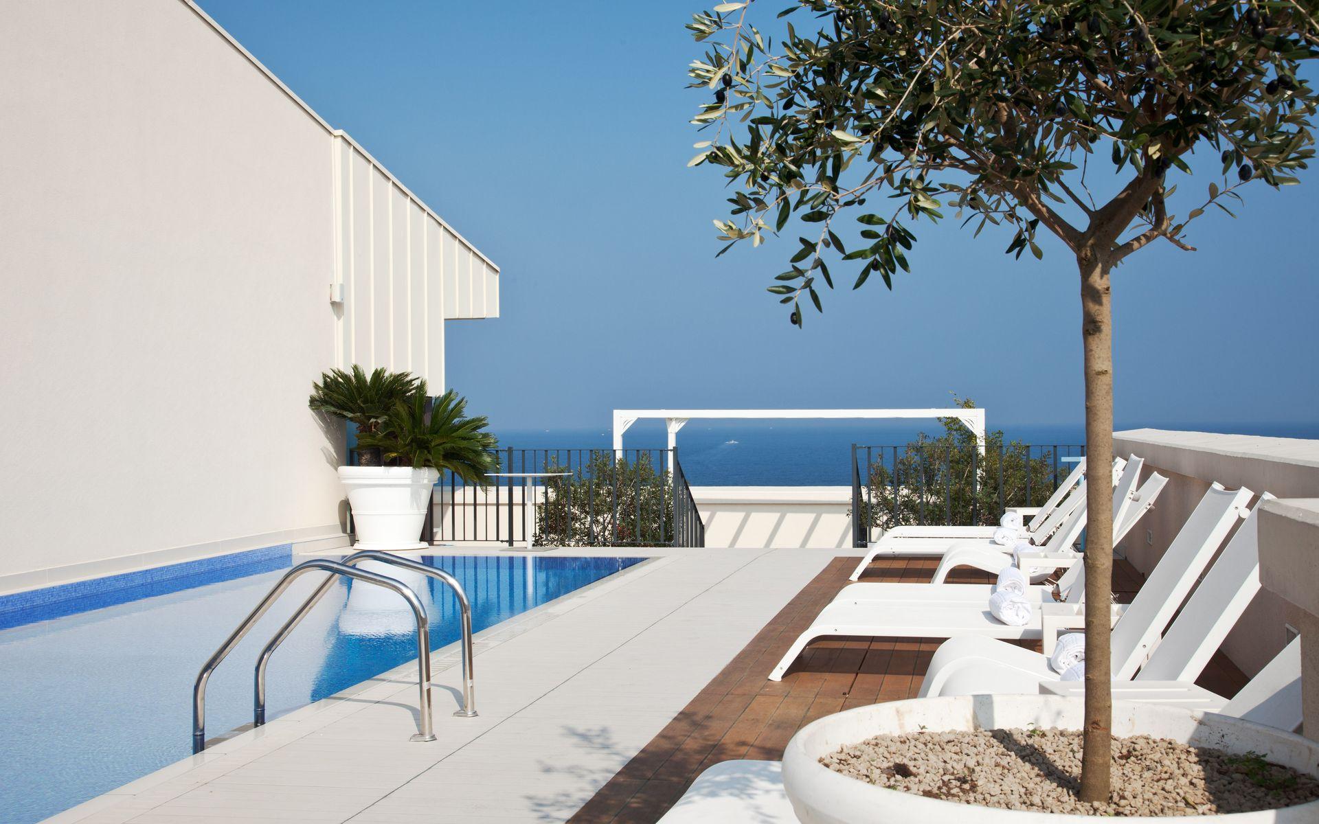 Hotel Grande Albergo Delle Nazioni, Bari da € 59 - Logitravel