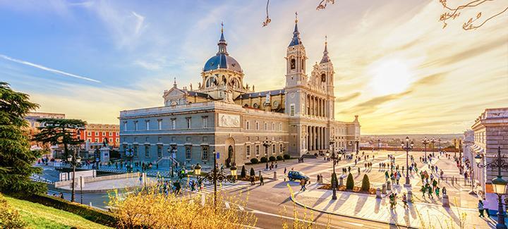 Voli economici da Roma - Fiumicino a Madrid