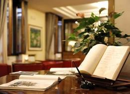 HotelCarrobbio