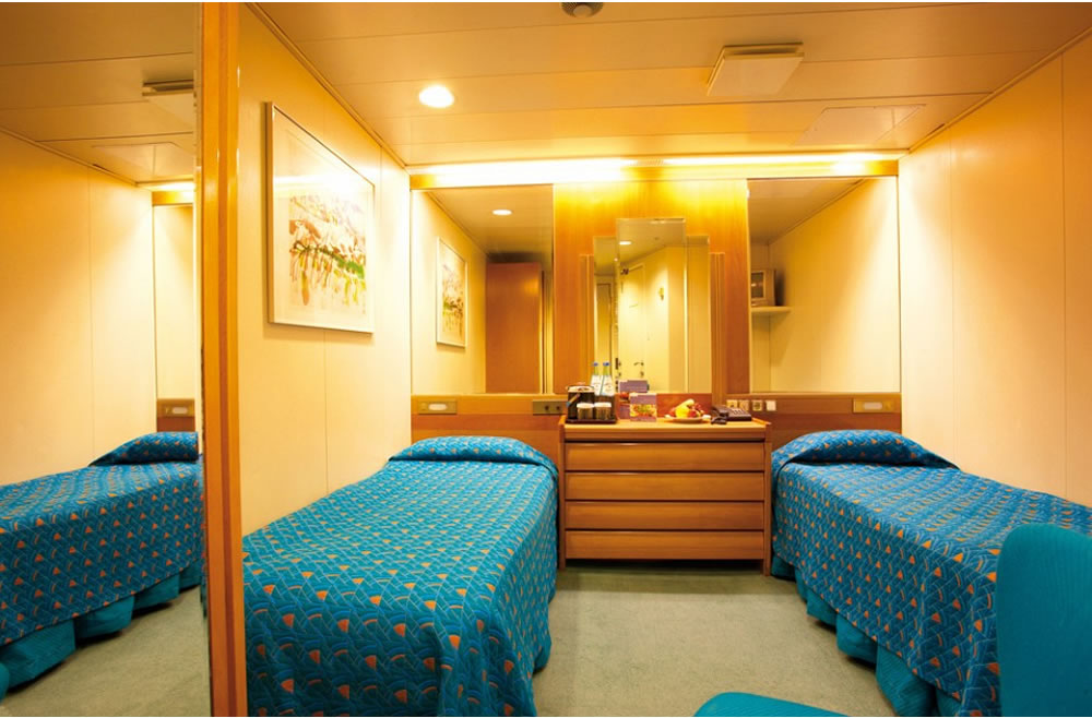 ponte 6 atlantic deck della nave marco polo cruise and. Black Bedroom Furniture Sets. Home Design Ideas