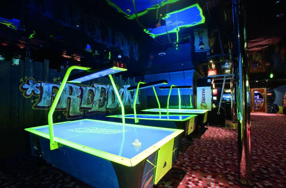 Itinerari e prezzi carnival conquest carnival cruise line for Cabine del parco del windrock