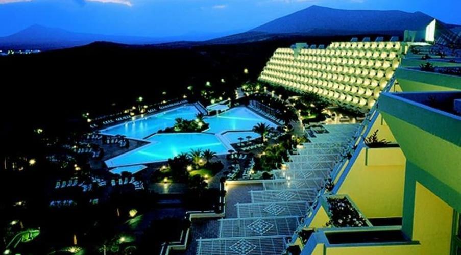 Risultati immagini per hotel beatriz costa & spa