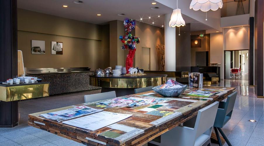 Dutch design hotel artemis amsterdam da 25 logitravel for Artemis dutch design hotel 4