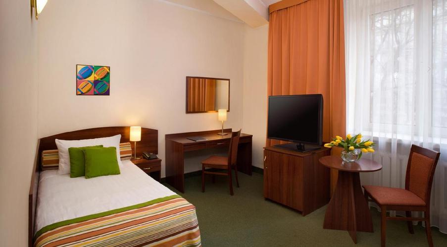 Mdm hotel city centre varsavia da u ac logitravel